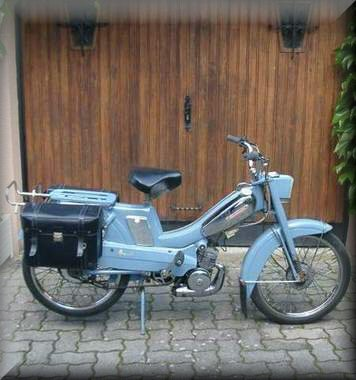 mobylettes bleues av88l